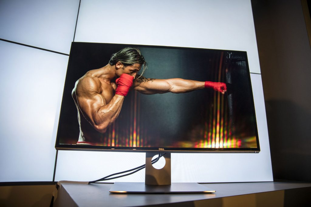 """Dell Unveils 32"""", 8K UP3218K UltraSharp Monitor at CES 2017"""